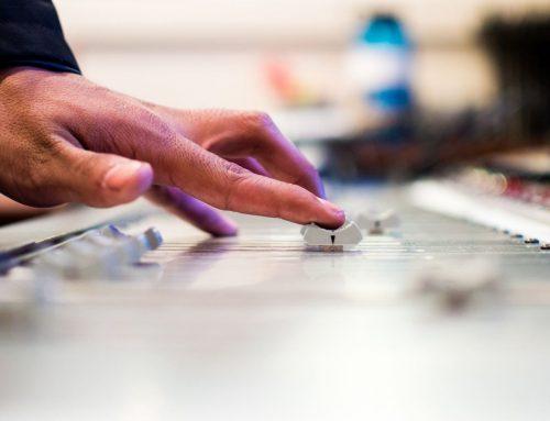 첨단기술의 접목과 음악